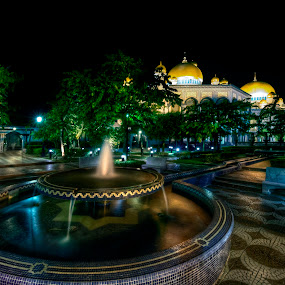 Jame'Asr by Mohamad Sa'at Haji Mokim - Buildings & Architecture Public & Historical ( water fountain, landmark, mosque, night, architecture )