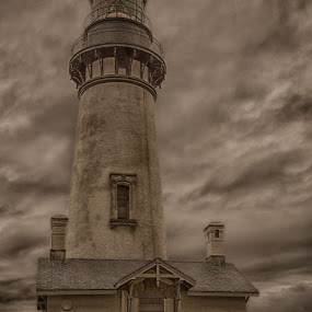 Yaquina Head Lighthouse by Mike Lee - Buildings & Architecture Public & Historical ( yaquina, oregon, tonemapped, yaquina head, historical architecture, lighthouse, oregon coast, architecture, coastal, coast, abandoned, historical lighthouse,  )