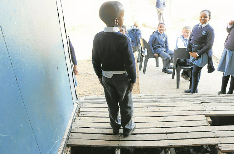 Parents have described Schornville Primary school as a death trap and a tragedy waiting to happen.