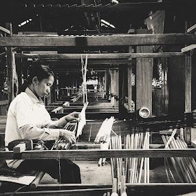 Silk Marketing by Liaunya Haji Awengz - Products & Objects Business Objects