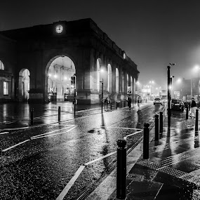 Newcastle Central Station in the Fog by Davey T - Buildings & Architecture Public & Historical ( train station, fog, night, newcastle, central,  )
