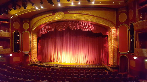 Queen-Victoria-Royal-Theatre - The 830-seat, three-deck Royal Court Theatre on deck 3 of Queen Victoria features two shows per night, lasting about 50 minutes.
