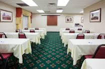Holiday Inn Express and Suites Bloomington Airport