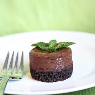Mint Chocolate Mini Cheesecakes