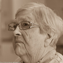 Photo: Mother, 90, looking good!