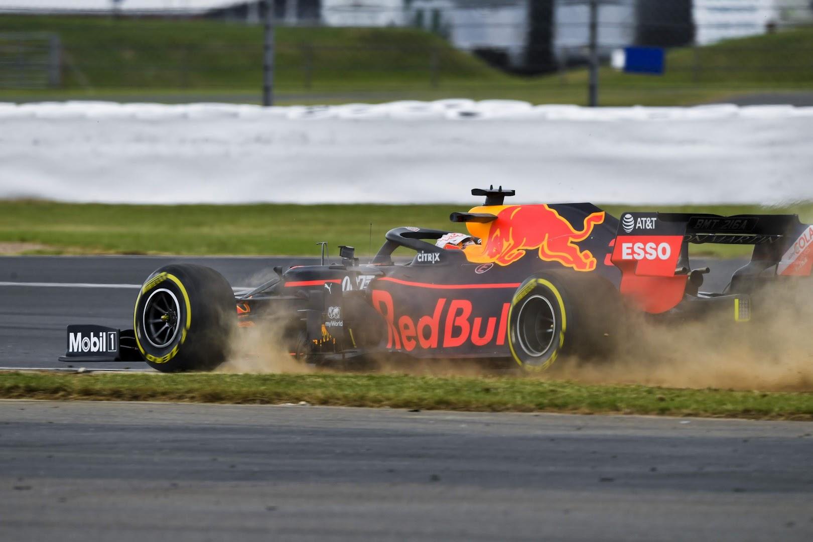 F1第10戦イギリスGP、フェルスタッペンコースアウト