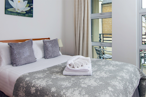 Kew Riverside serviced apartments