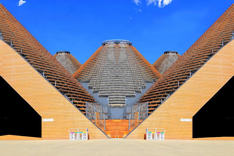 Simmetrie all'Expo  di filippetti livio