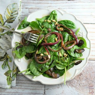 Spinach Salad with Pomegranate Balsamic VInaigrette