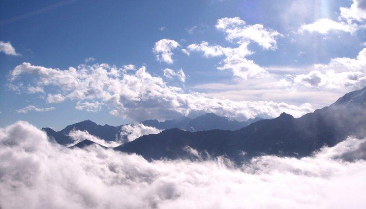 Sopra le nuvole di Manu.Fiore