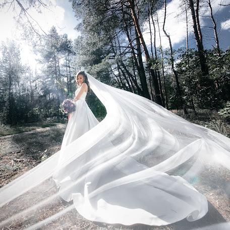 Wedding photographer Pavel Oleksyuk (OlexukPasha). Photo of 24.01.2018