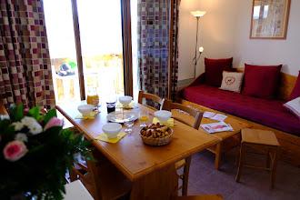 Photo: Pièce à vivre d'un appartement de la résidence le Clos des Fontaneilles