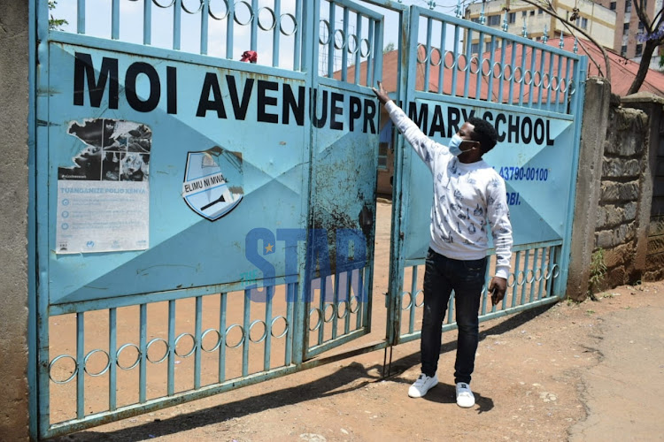 Entrance to Moi Avenue Primary School.