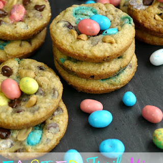 Easter Trail Mix Cookies.