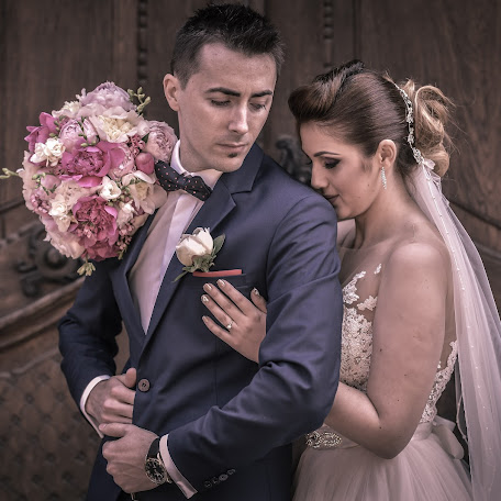 Wedding photographer Dani Farcasiu (dani_farcasiu). Photo of 24.10.2016