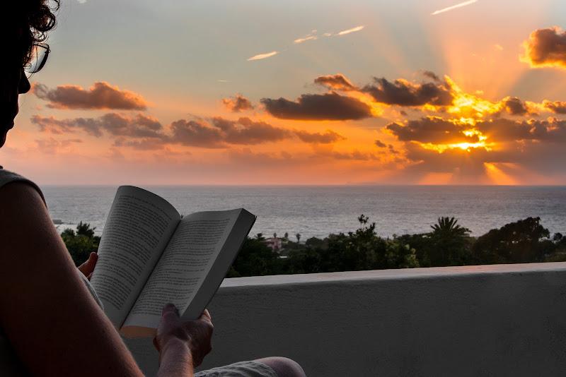 Prima lettura d'autunno, quando l'estate tramonta di Pino Cappellano