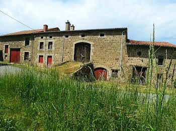 ferme à Saint-Maurice-en-Gourgois (42)