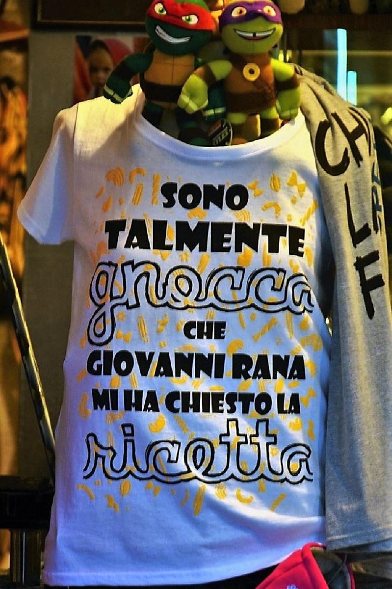 """""""Eleganza"""" di una T-Shirt di ely50"""