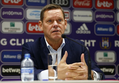 """Arnesen verklaart waarom hij doordrukte om Fred Rutten te halen: """"Hij zal niet met zijn spelers uitgaan"""""""