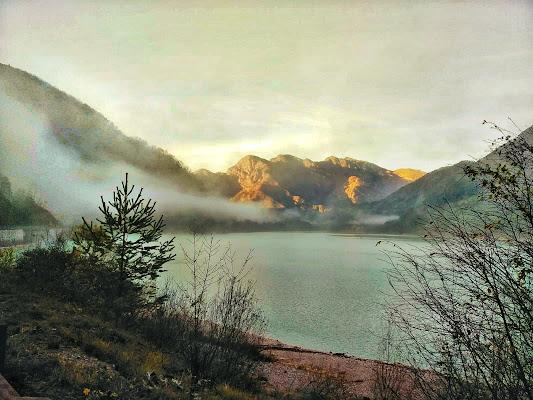 Lago nebbioso di tizi_moki