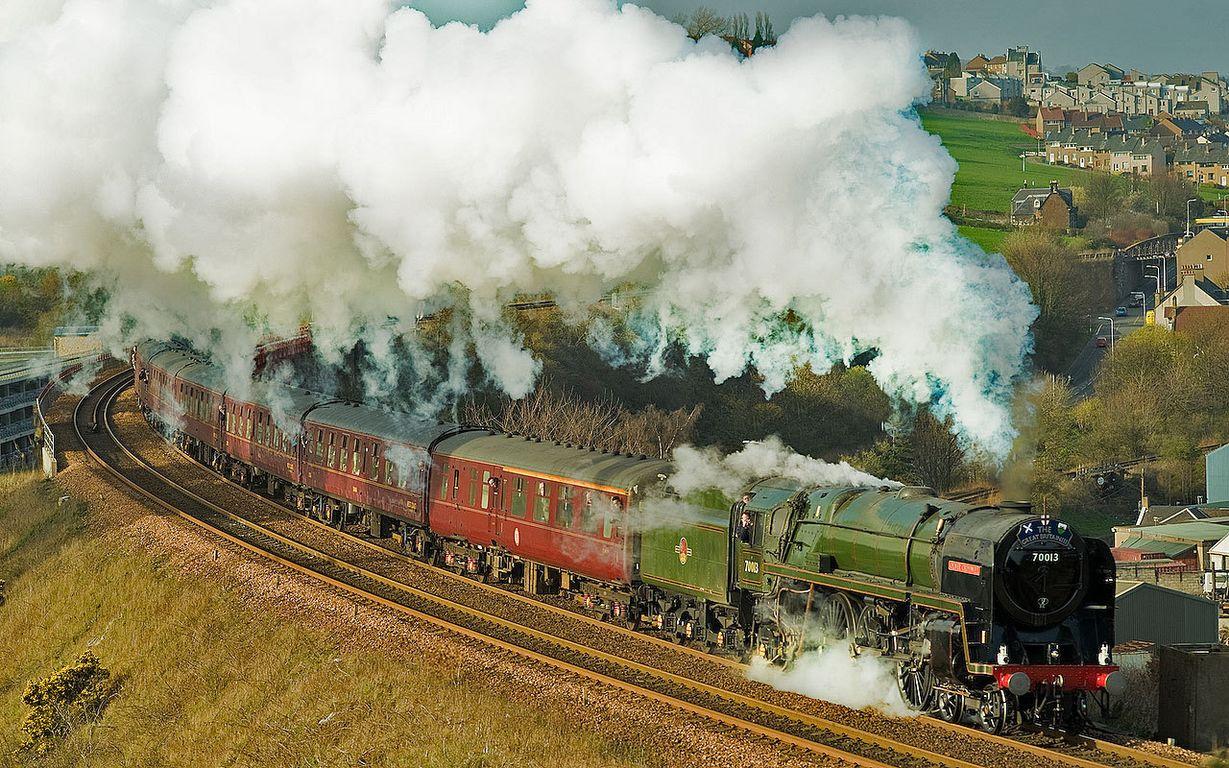 steam-train-inverkeithing.jpg