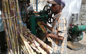 Photo: Sugarcane Juice Machine Gujarat