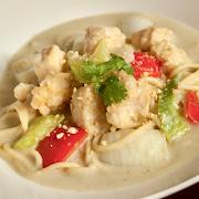 Thai Green Curry Chicken Spaghetti (Cashew)