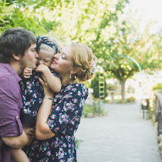Wedding photographer Kseniya Turovaya (MrSBrightside). Photo of 10.09.2014