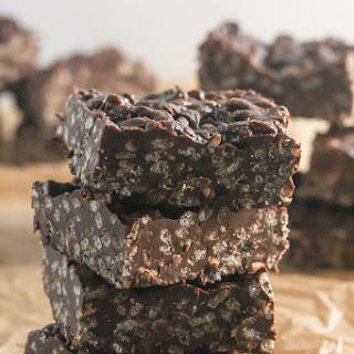 Crunchy No Bake Chocolate Peanut Butter Bars