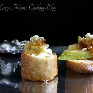 Bruschetta with Brie, Pear, Caramelized Onion, Blue Cheese, and Honey.