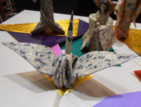 "Photo: Ceramic paper cranes ... this type of ""paper"" can be baked in various shapes, making it possible to create forms considered difficult to make by conventional paper folding. www.sangyou.jp #ambiente14"