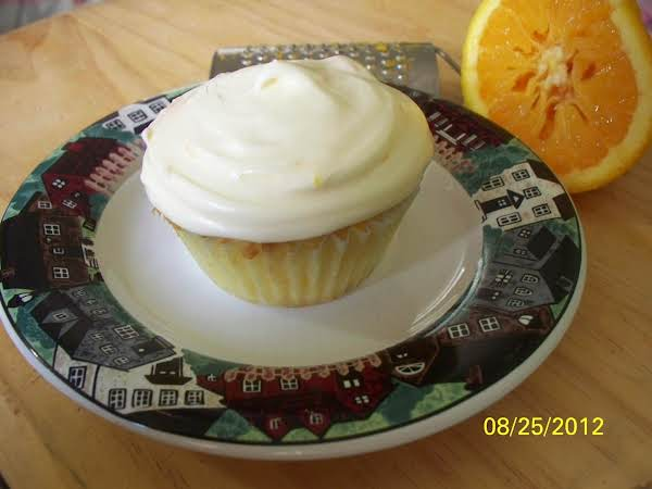 Mandarin Orange Cake W/ Orange Cream Chz Frosting