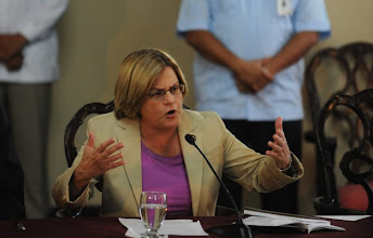 Photo: US congresswoman Rep. Ileana Ros-Lehtinen, R-Fla, speaks during a joint press conference with the de facto president of Honduras Roberto Michelleti (not in frame) in the Presidential House in Tegucigalpa on October 5, 2009. Ros-Lehtinen visits Honduras in support of the de facto government.  AFP PHOTO/Jose Cabezas (Photo credit should read Jose CABEZAS/AFP/Getty Images)