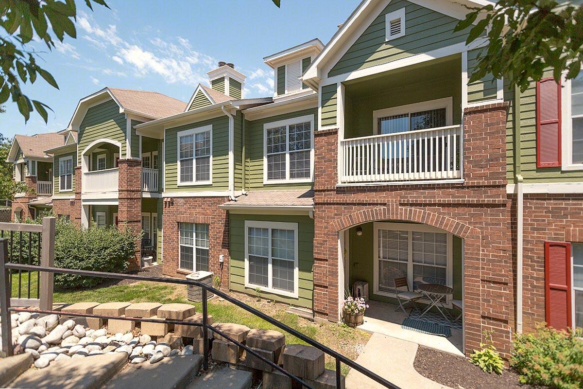 Centennial Park Apartments In Overland Park Kansas Maxus Properties