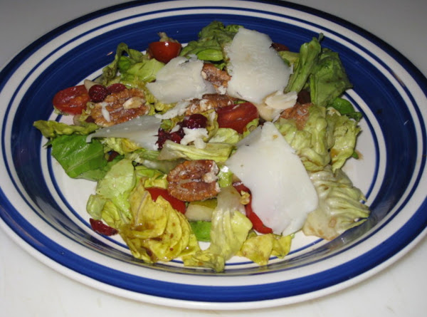 Pear Pecan Salad Recipe