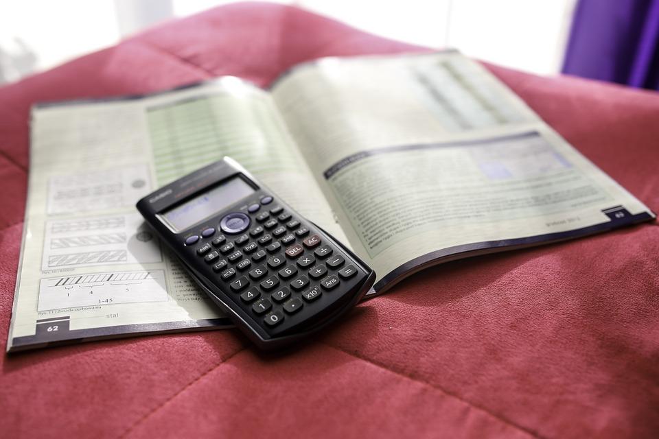 calculator-791833_960_720.jpg