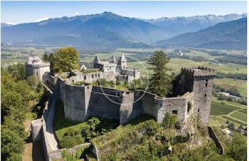 château à Saint-Pierre-d'Albigny (73)