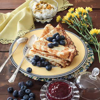 """Blini"" - Vanilla Crepes with Berries."