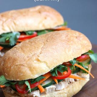 Vietnamese Chicken Sandwich (Bánh Mí)