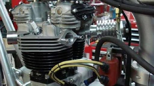 Allumage Triumph préparation Machines et Moteurs