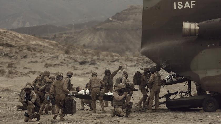 Fotograma de la película \'Zona hostil\'. (Foto: Manolo Pavón)