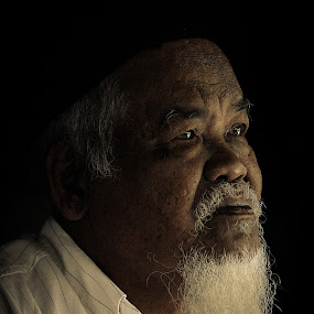 by Hanif Ismail - People Portraits of Men
