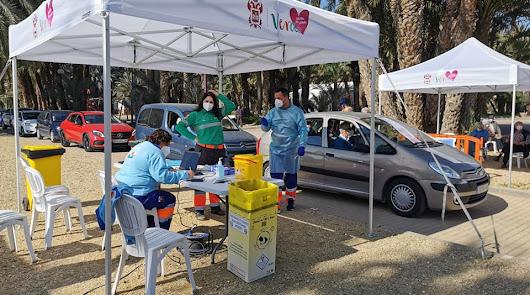 Circuito de vacunación desplegado en el Recinto Ferial de El Palmeral.