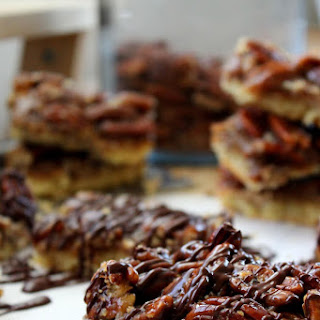 Chocolate Drizzled Pecan Pie Bars