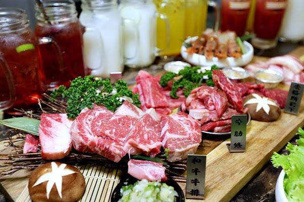 龍門馬場洞韓牛專賣店 貨櫃屋燒肉店 就是要點男子漢套餐