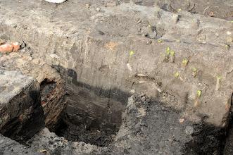 Photo: oude riolering aan de bibliotheek (opgravingen)