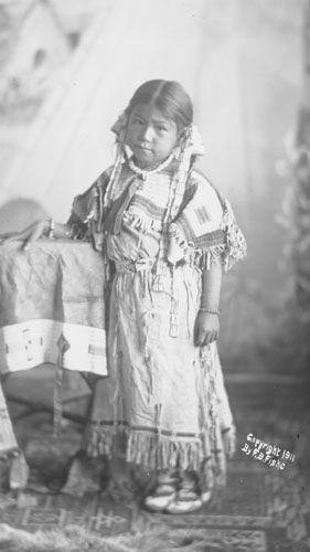 Photo: Susan Brave - Hunkpapa - 1911