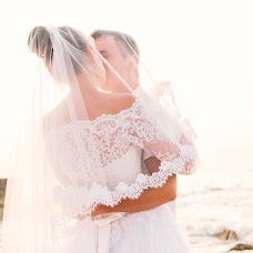 Wedding photographer Natalia Reznichenko (natalchuks). Photo of 08.01.2018