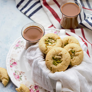 Naan Khatai – Eggless Indian Biscuits.