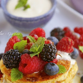 Pain Perdu (French Toast) With Mascarpone Cream and Berries